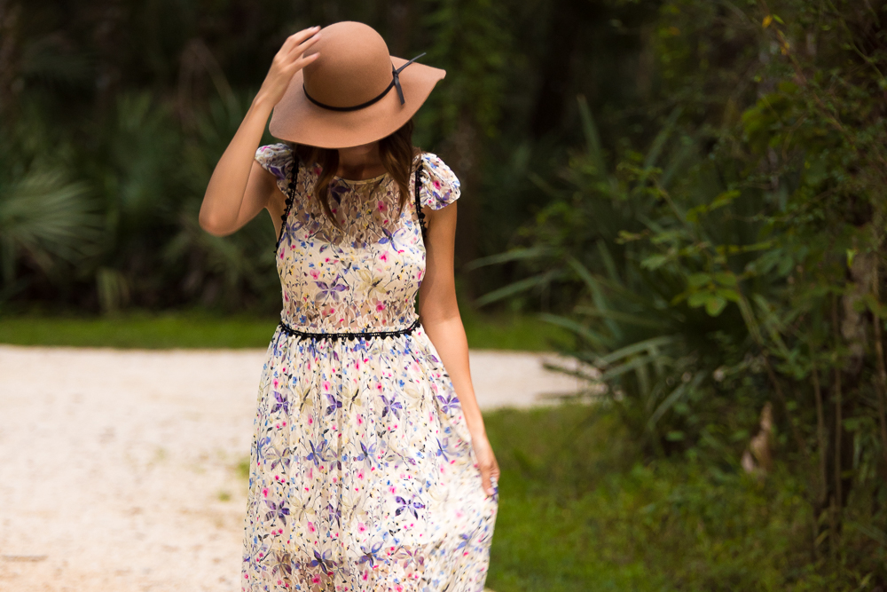 CANDY'S DRESS : FREE PEOPLE  HAT: OLD NAVY