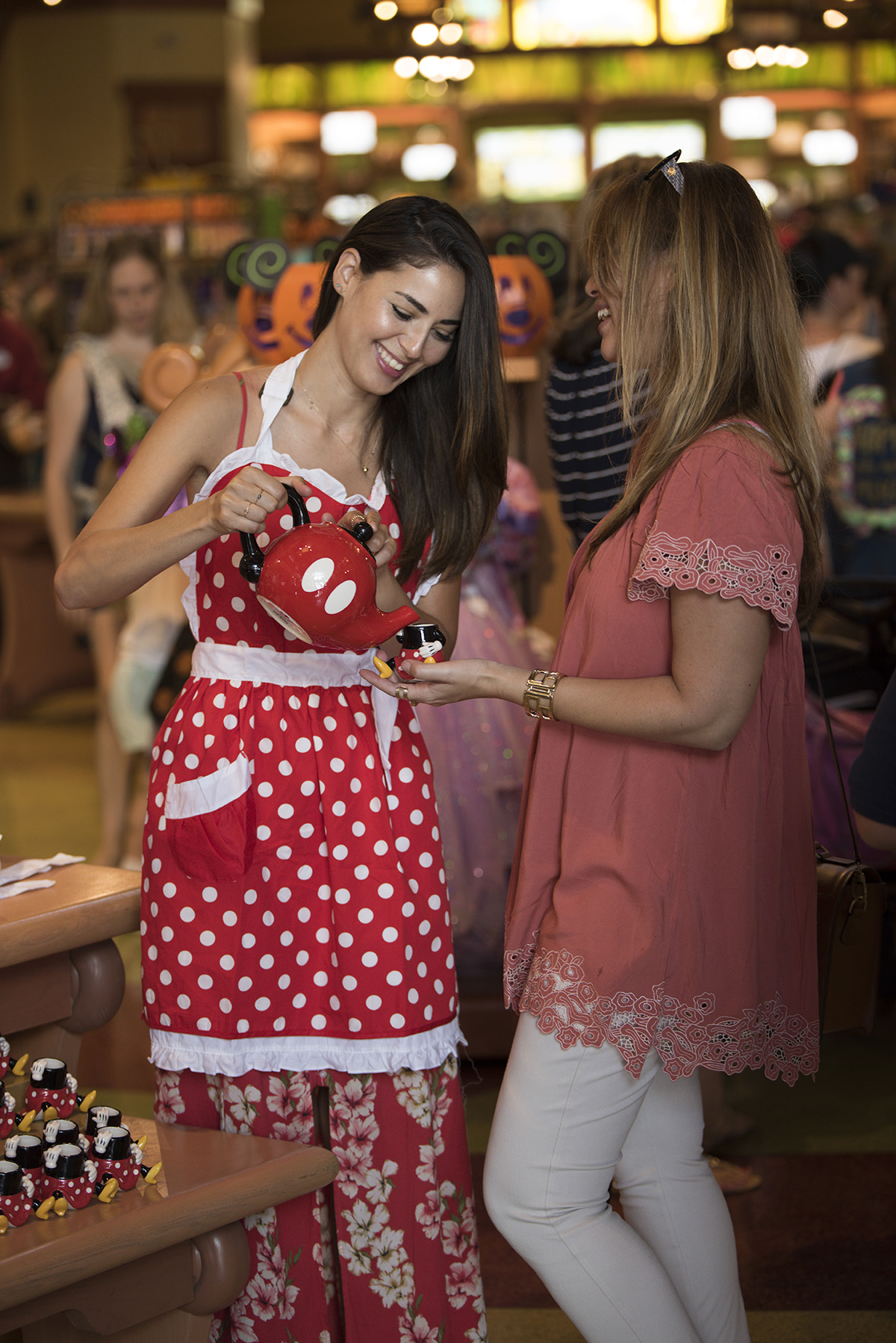 CANDY TESTING OUT THE MINNIE APRON