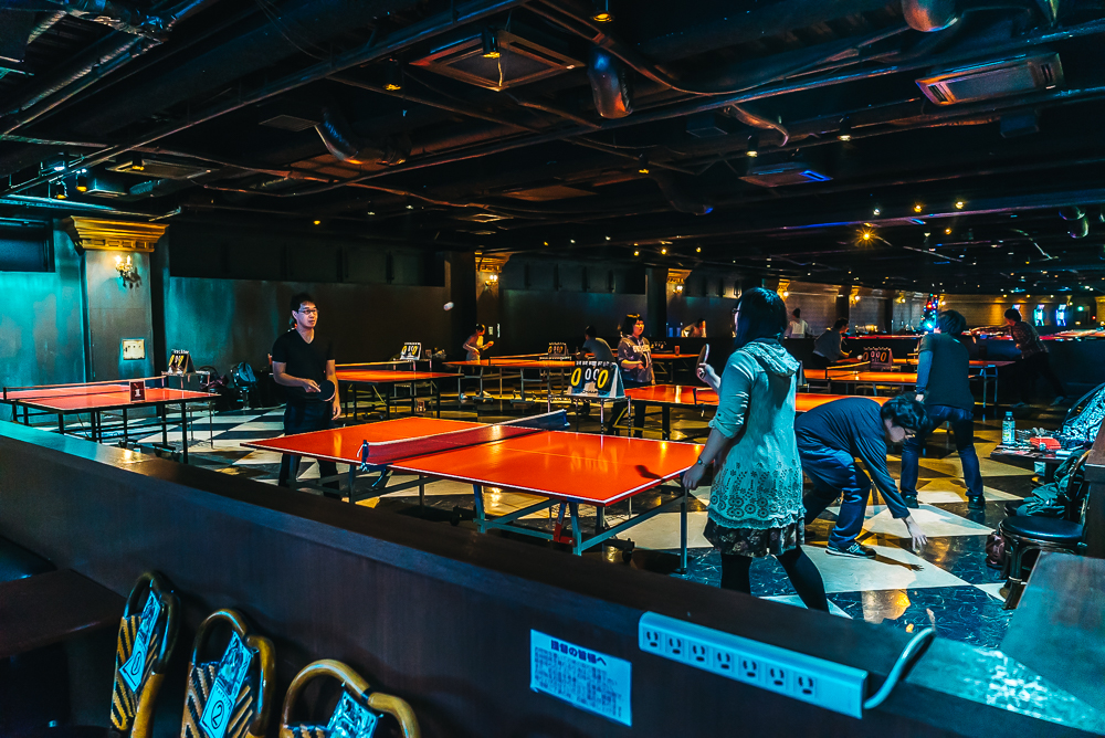 Ping pong and billiards on the top floor