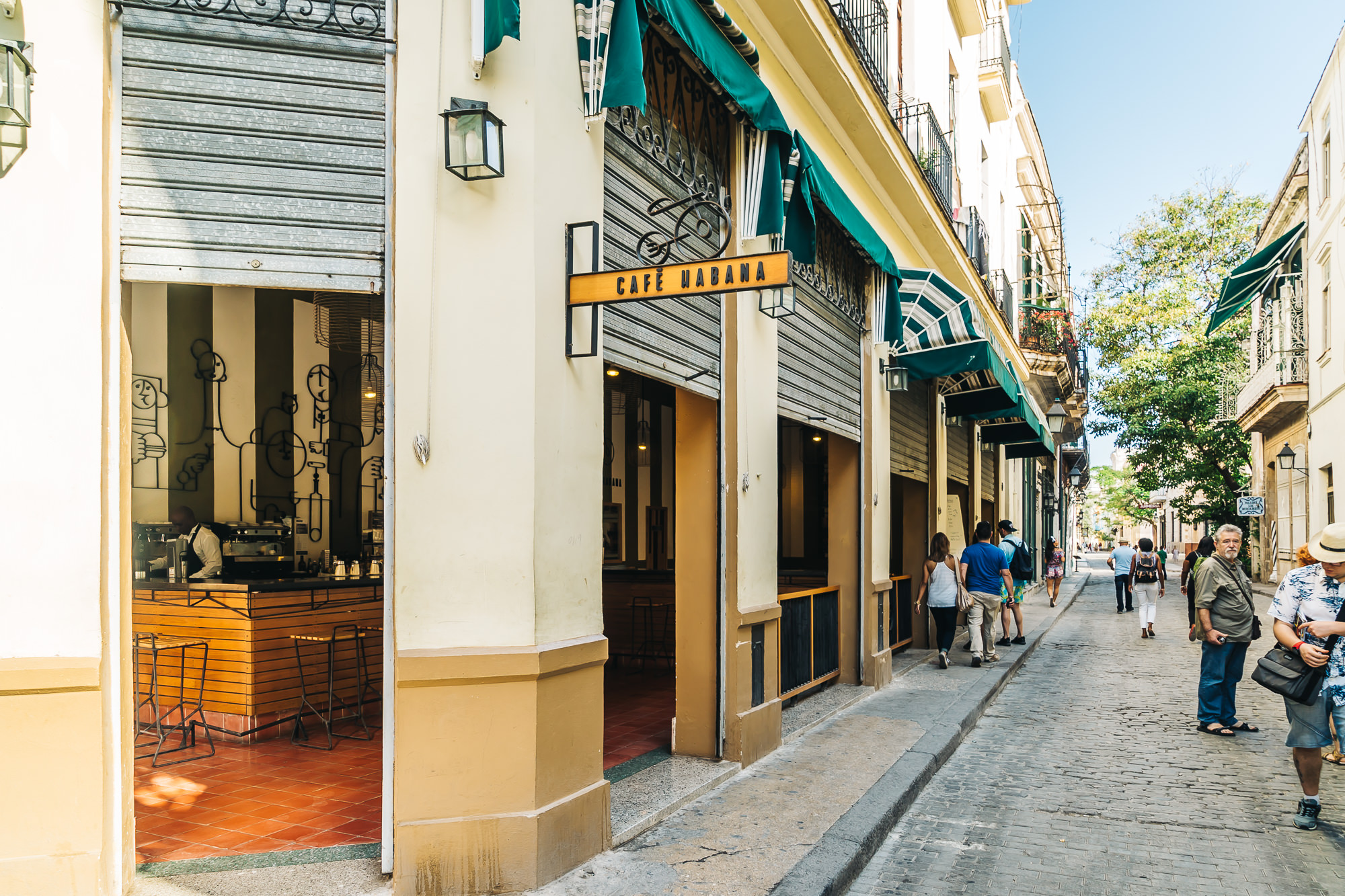 Cafe Habana - on the corner of Amagura and Mercaderes