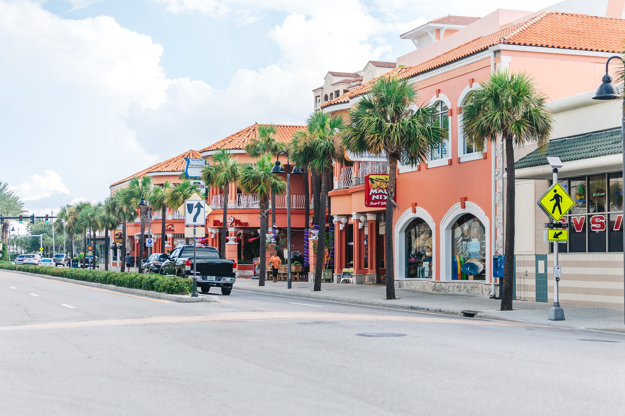 Mandalay Avenue at Clearwater Beach