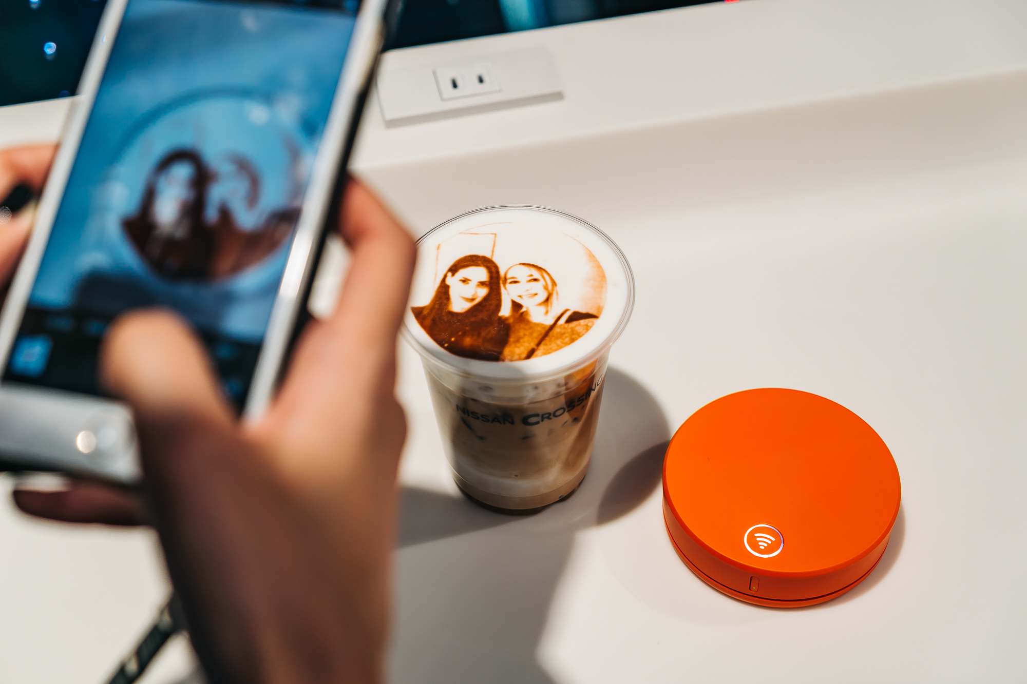 Uploading our cool 2D coffee art using our Skyroam Solis