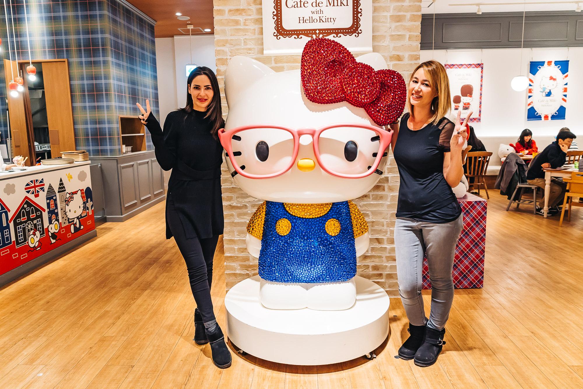 Hello Kitty Cafe - Cafe de Miki in Odaiba, Japan