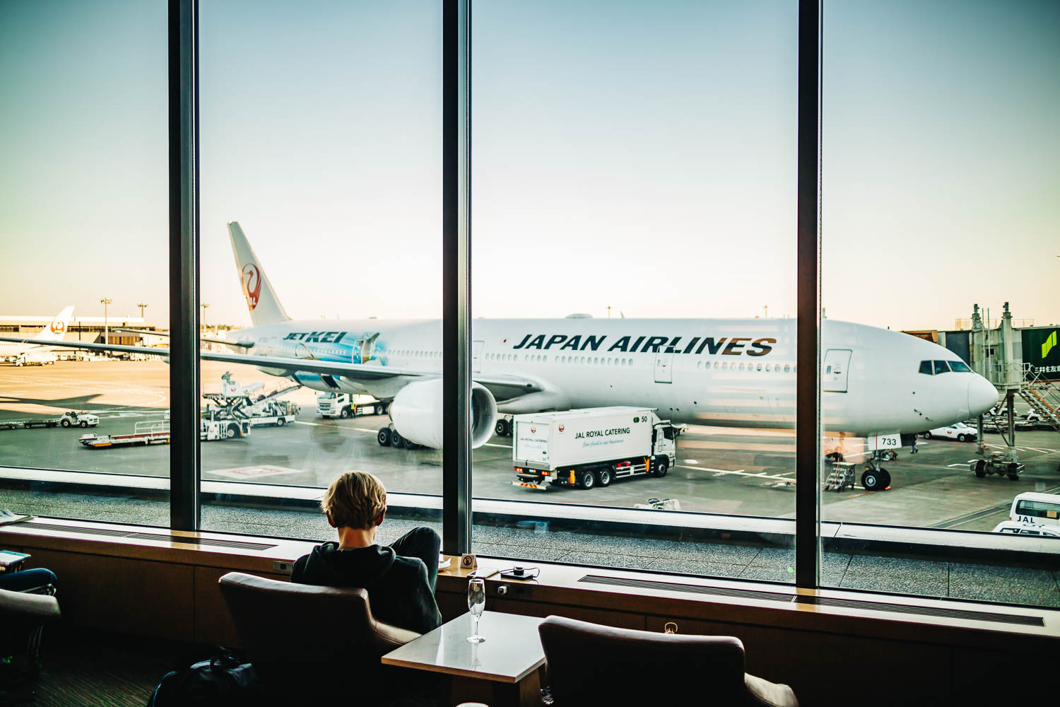 Key Benefits to Flying Premium Economy with Japan Airlines