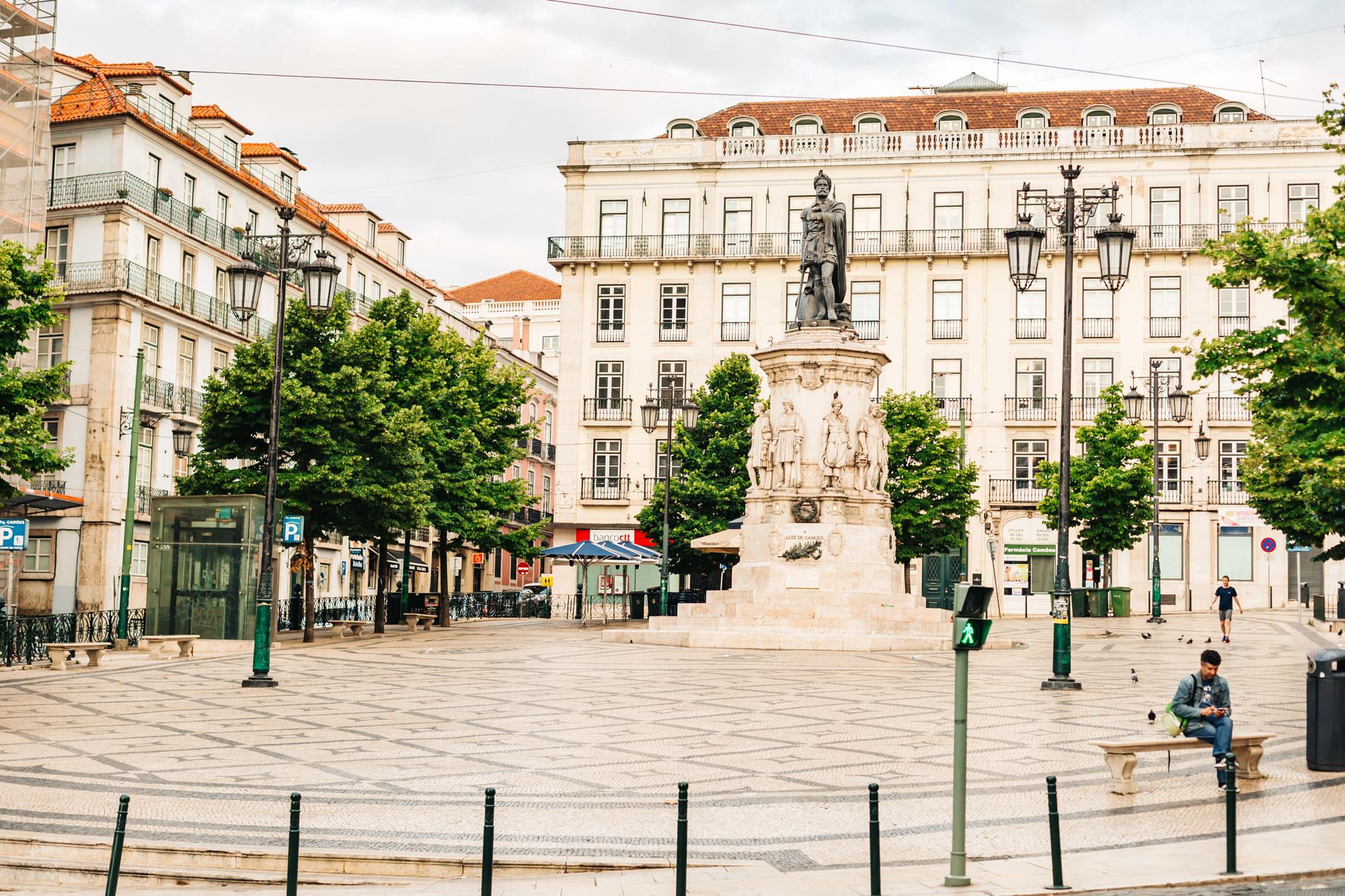 Praça Luís de Camões - popular square and meeting spot in Lisbon
