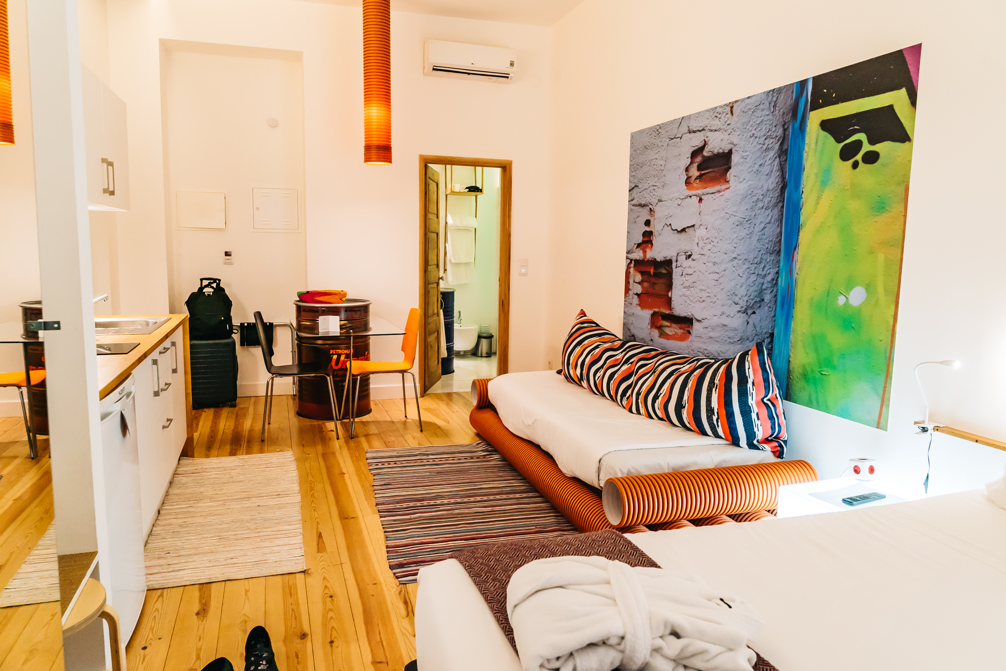 Spacious room at Chiado Arty Flats - Lisbon, Portugal