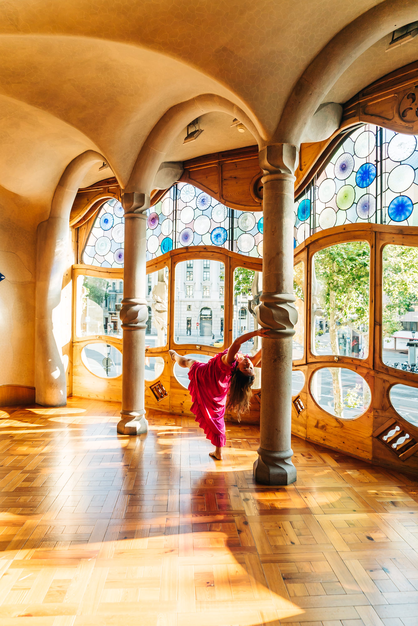 Some interesting poses going on at Casa Batlló