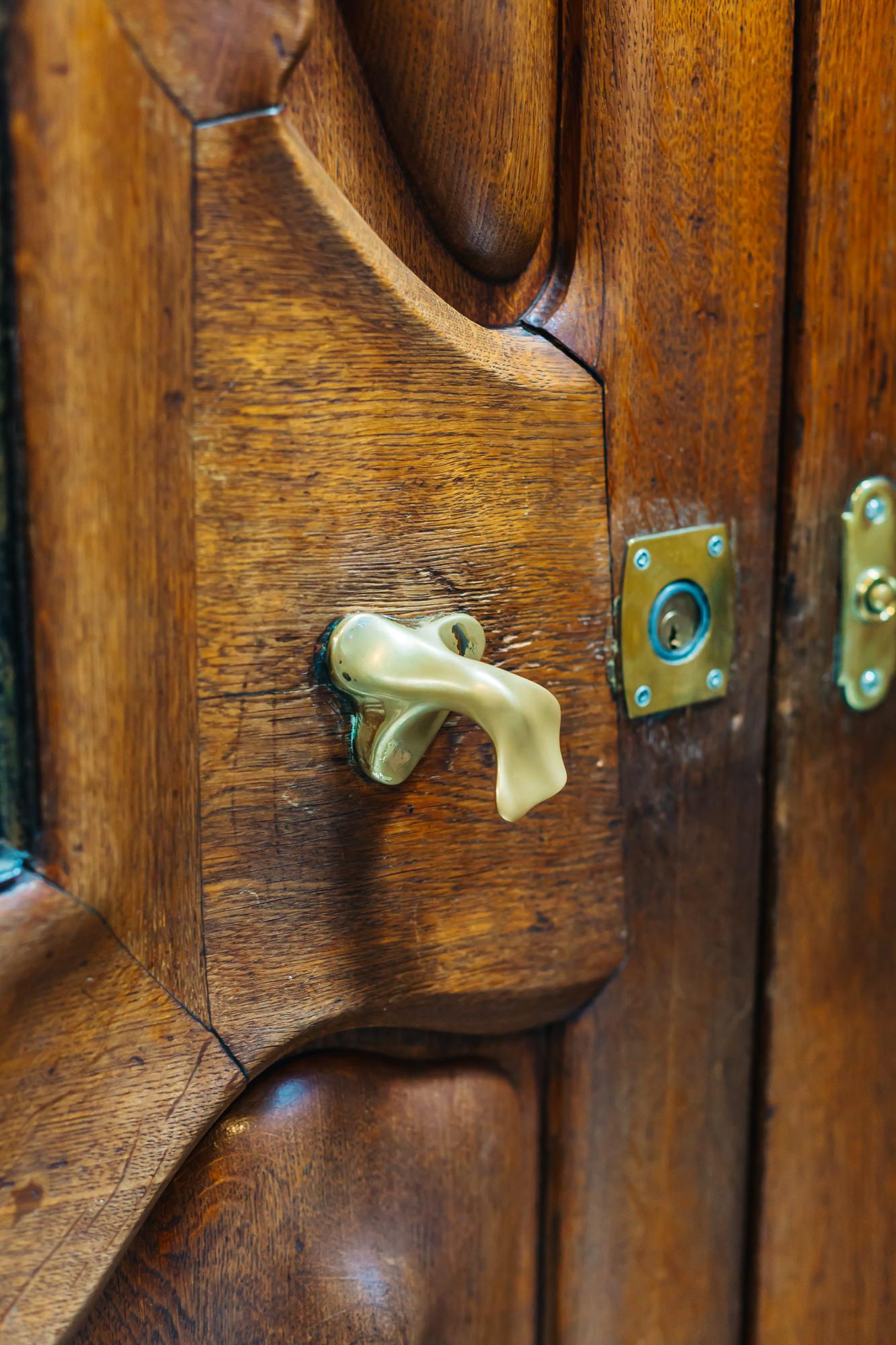 Even the doorknobs had an original shape