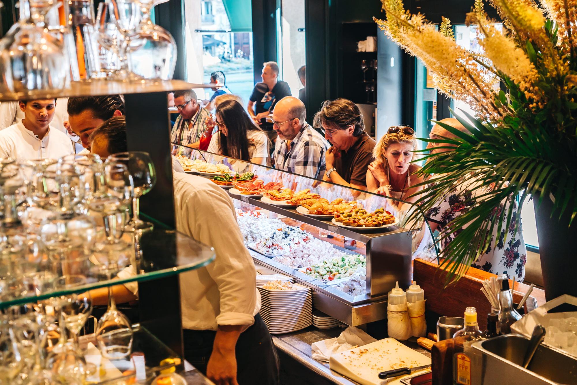 Ciudad Condal  bar area