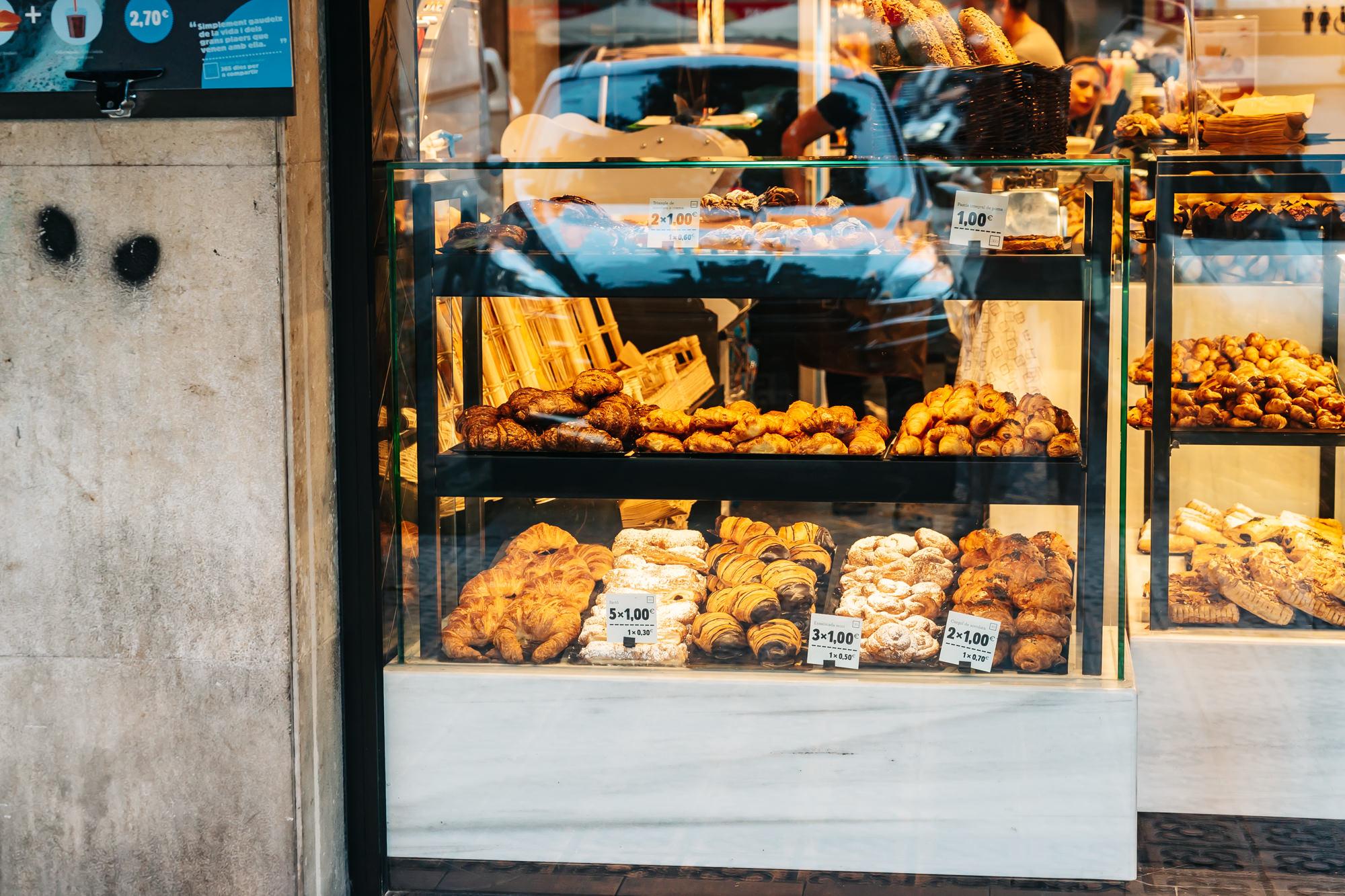 365 Obrador bakeries in Barcelona, Spain
