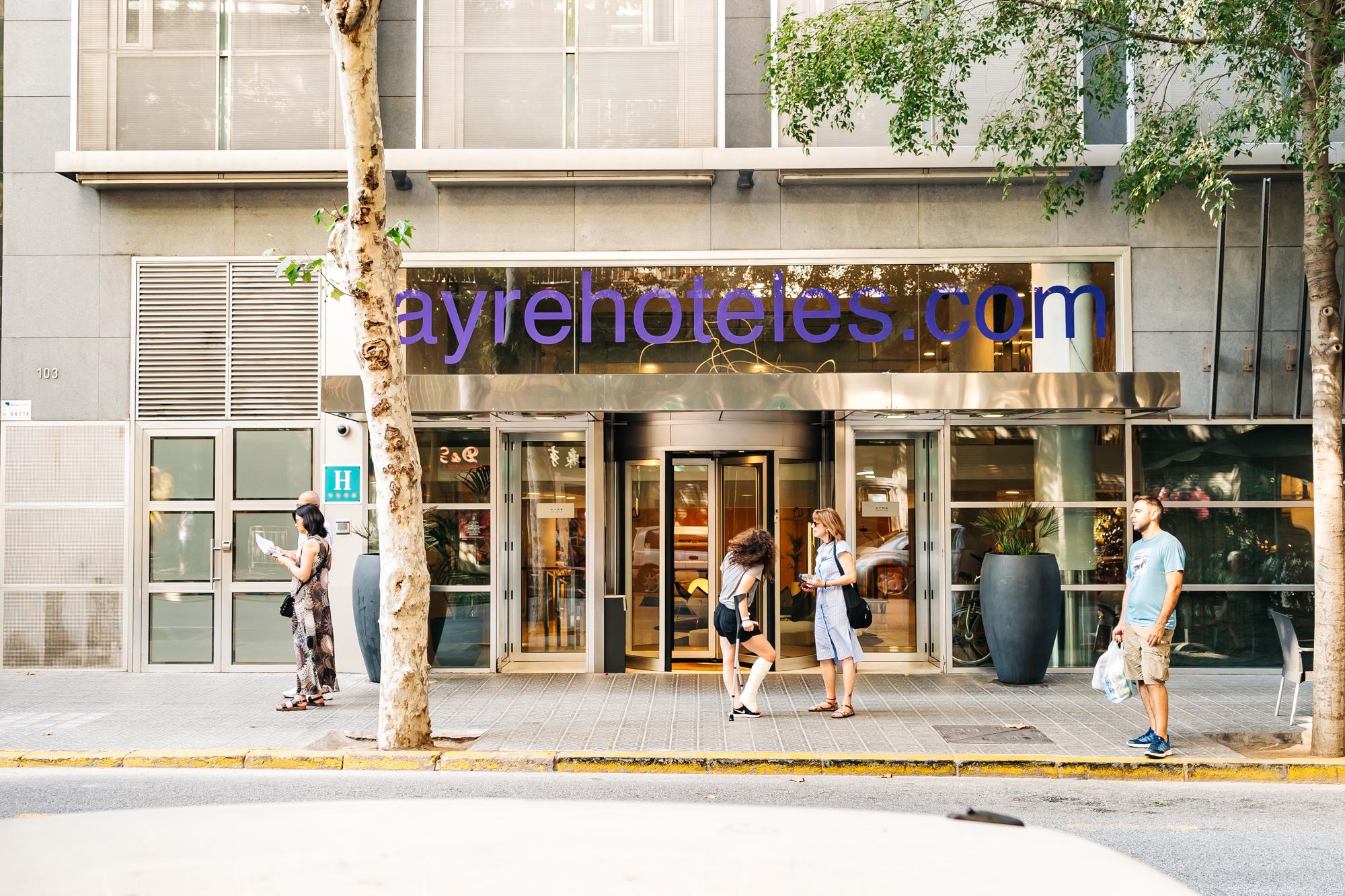 Ayre Hotel Caspe entrance in Barcelona