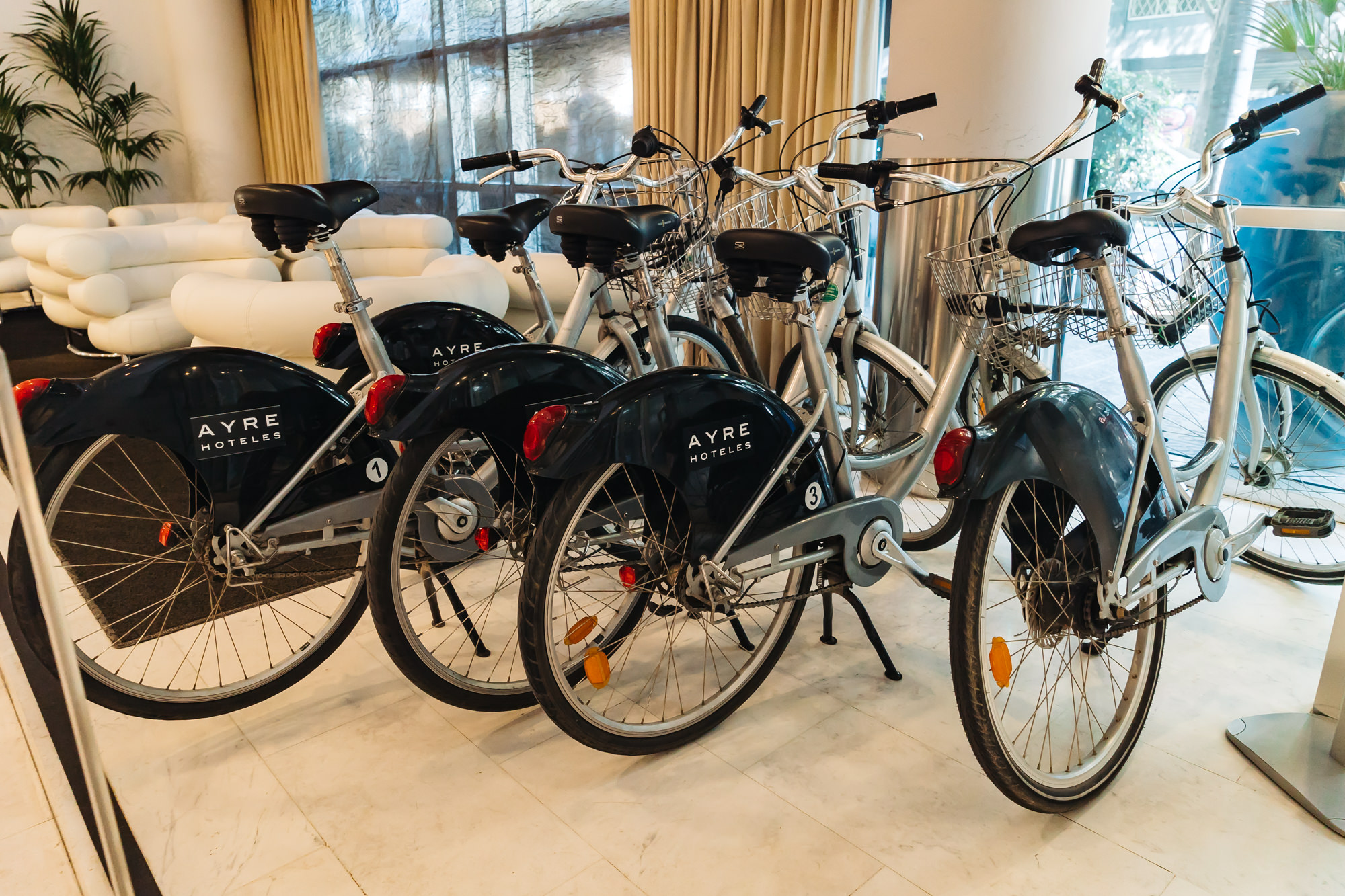 Ayre Hotel Caspe bike rental