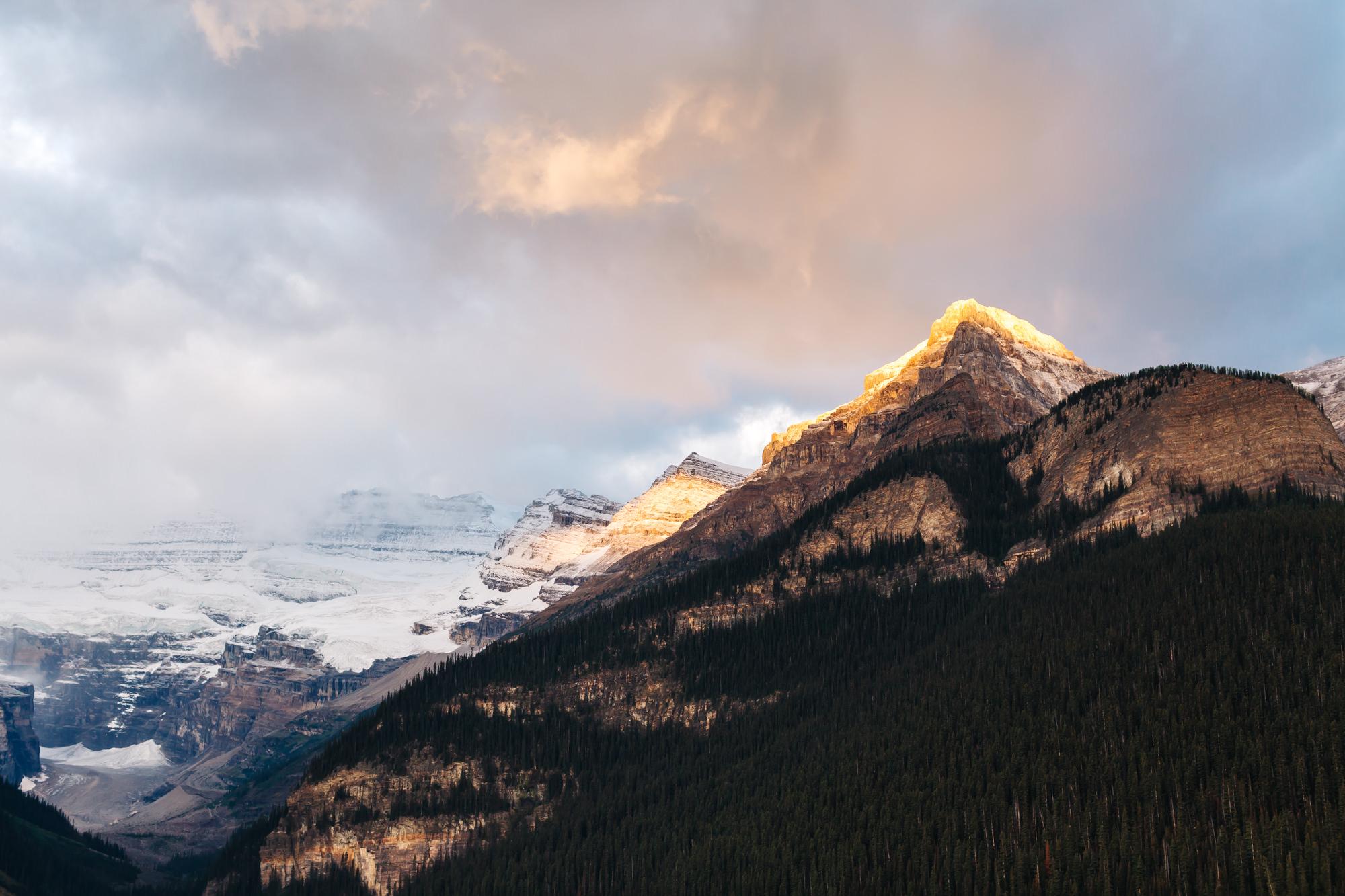 Lake Louise Banff National Park #LakeLouise #Banff