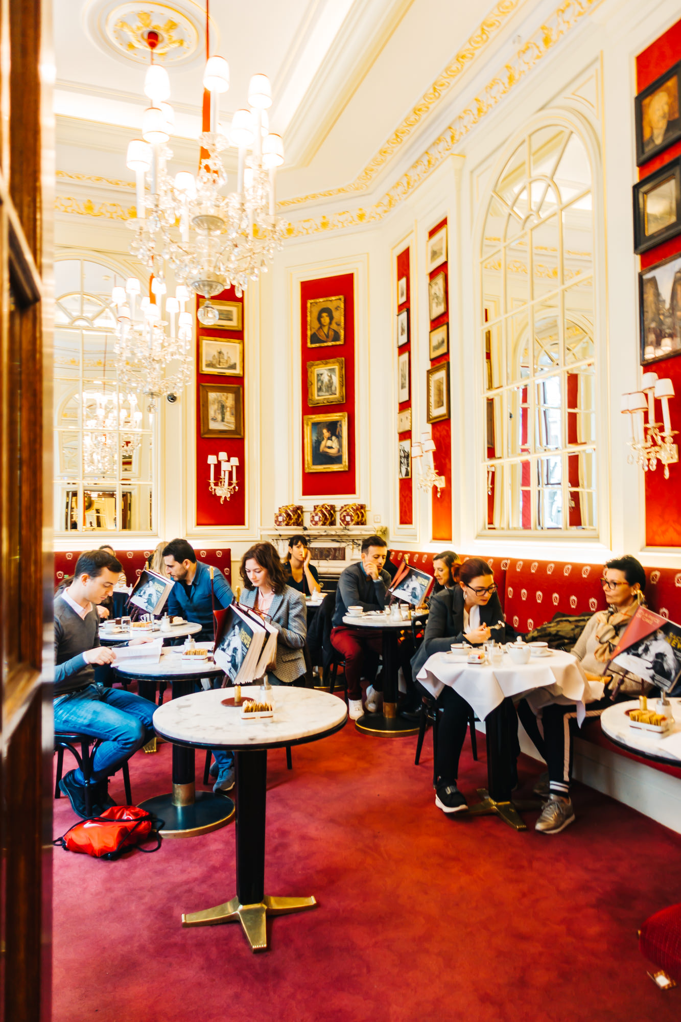 The famous Cafe Sacher