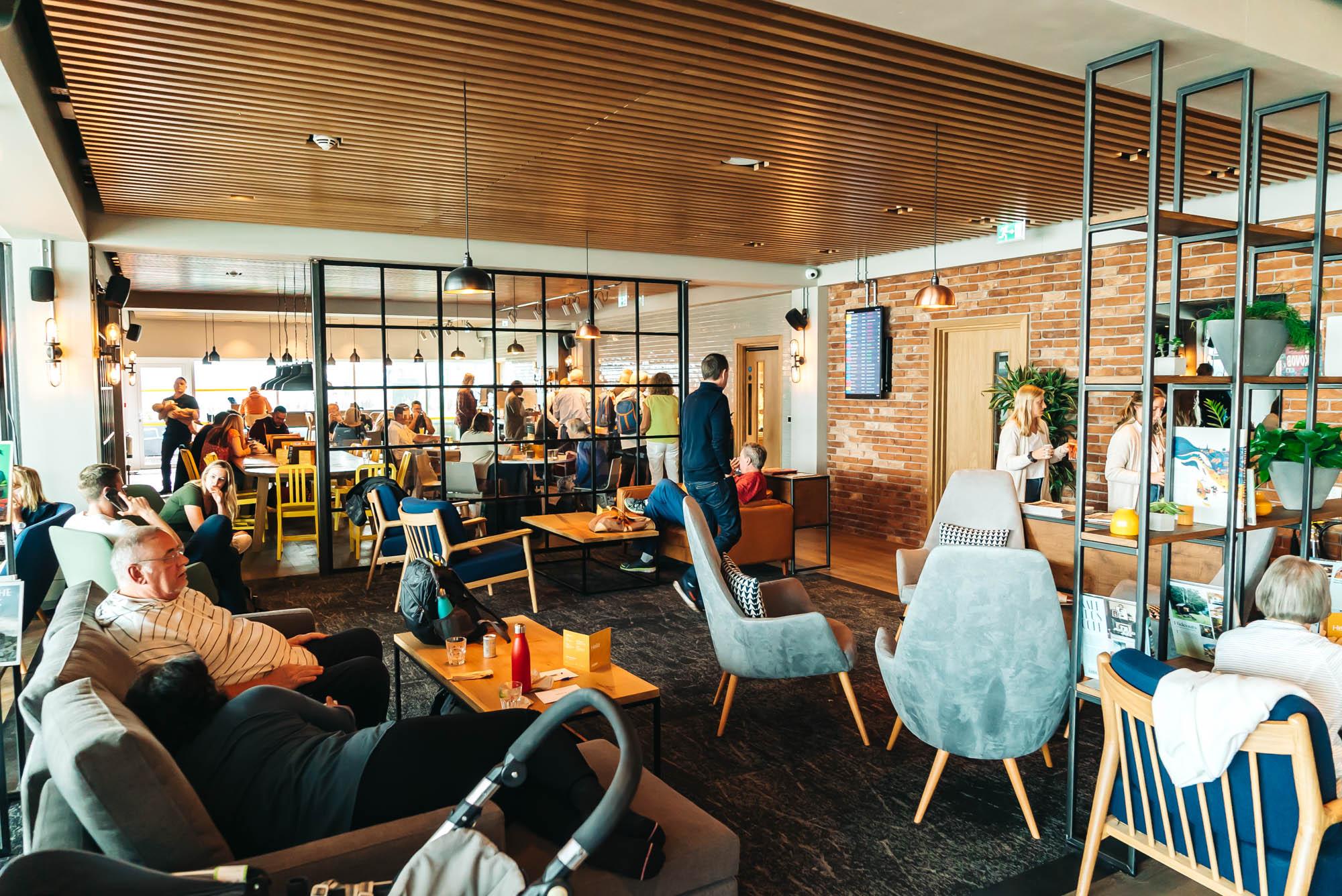modern decor at Gatwick's lounge