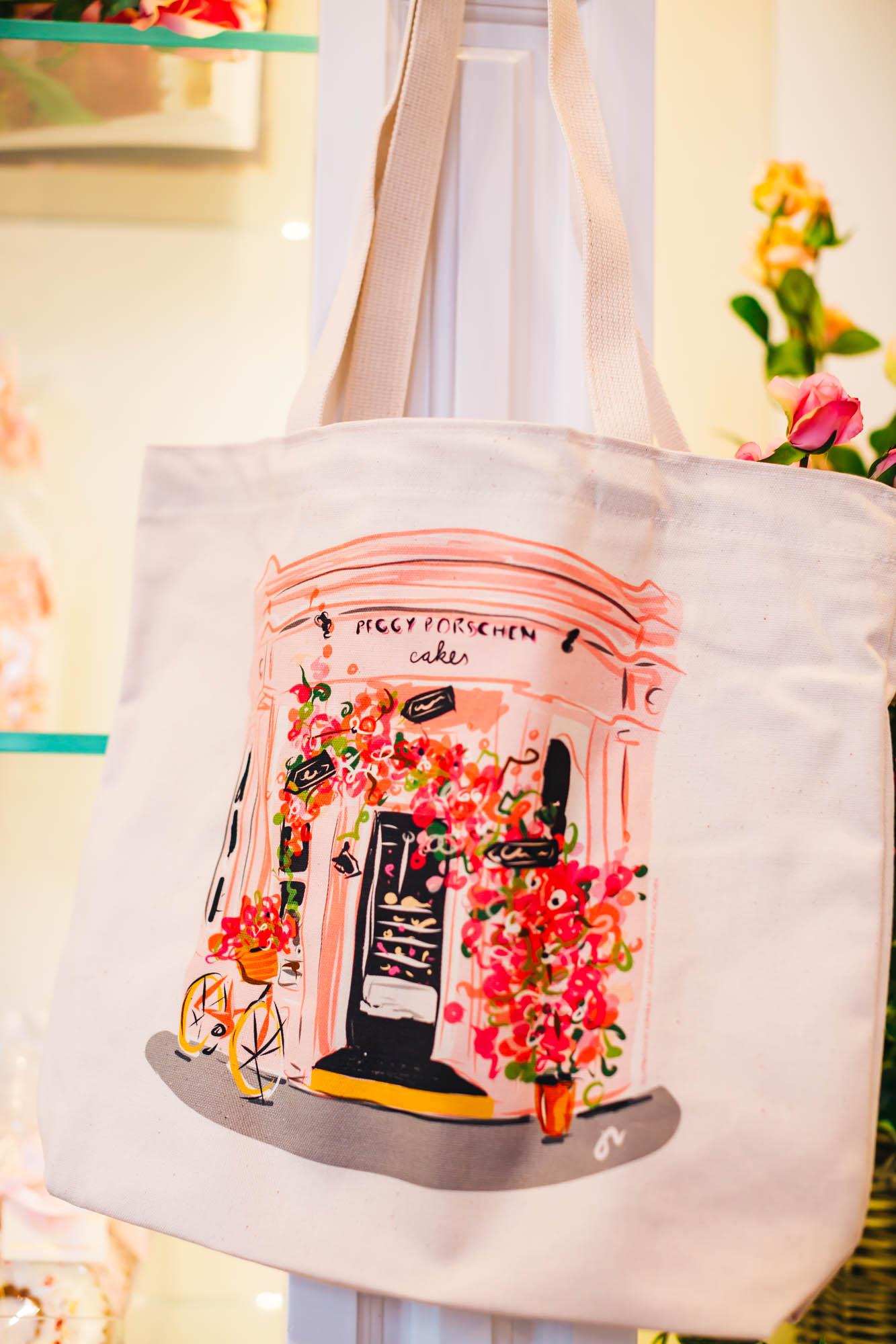 Lovely bag to match with the beautiful cupcakes