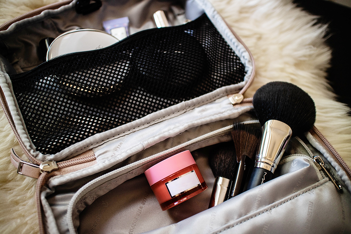 Signature 2.0 bag securely storing my makeup and brushes