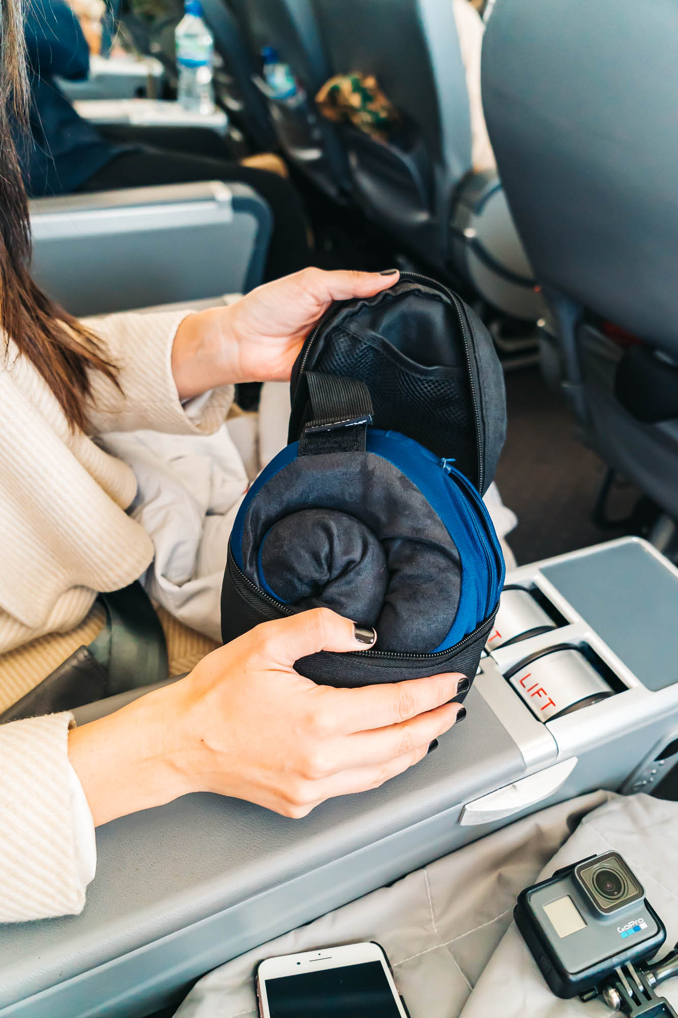 The pillow Easily rolls up into the travel case