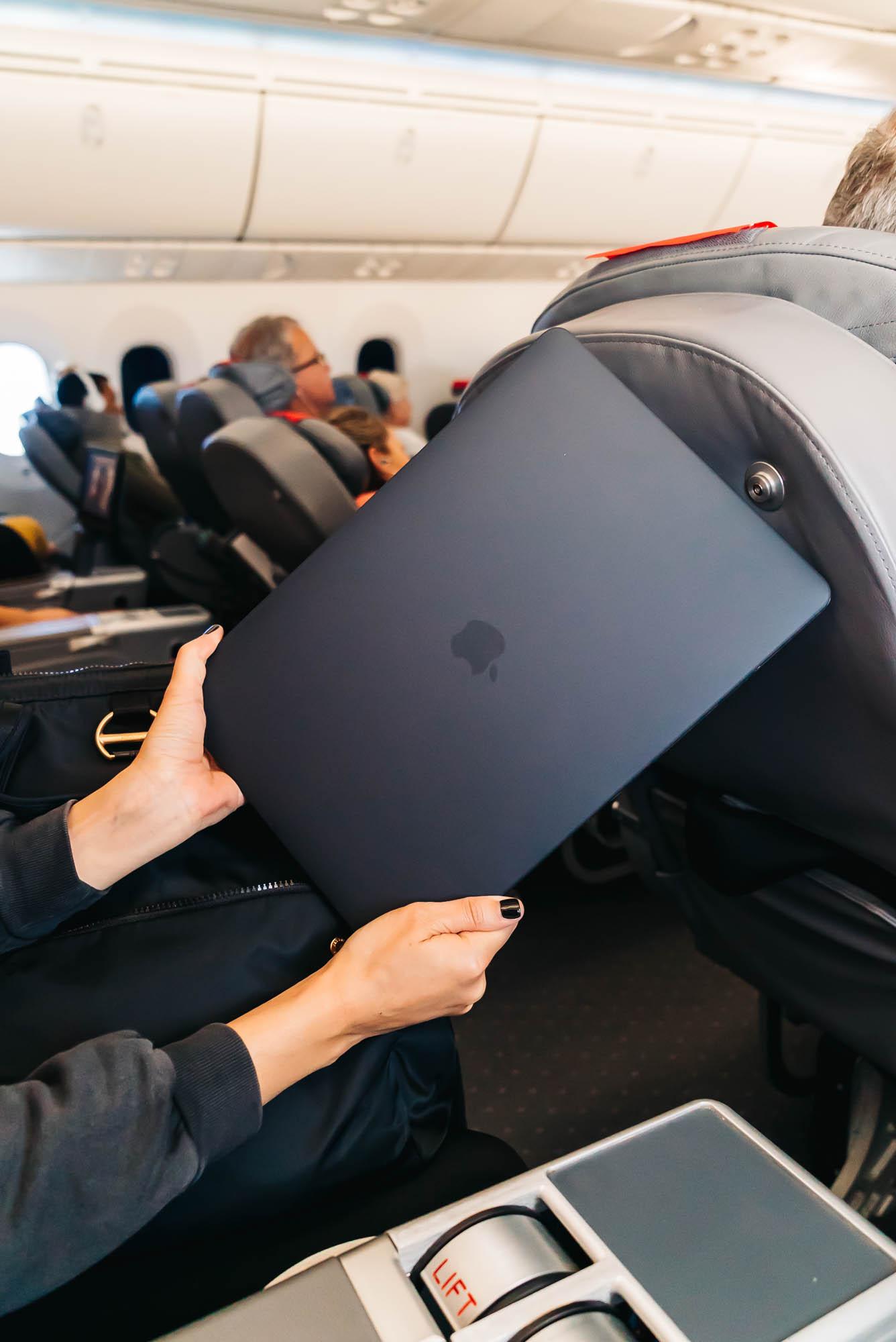 "Macbook Pro 15"" Laptop"