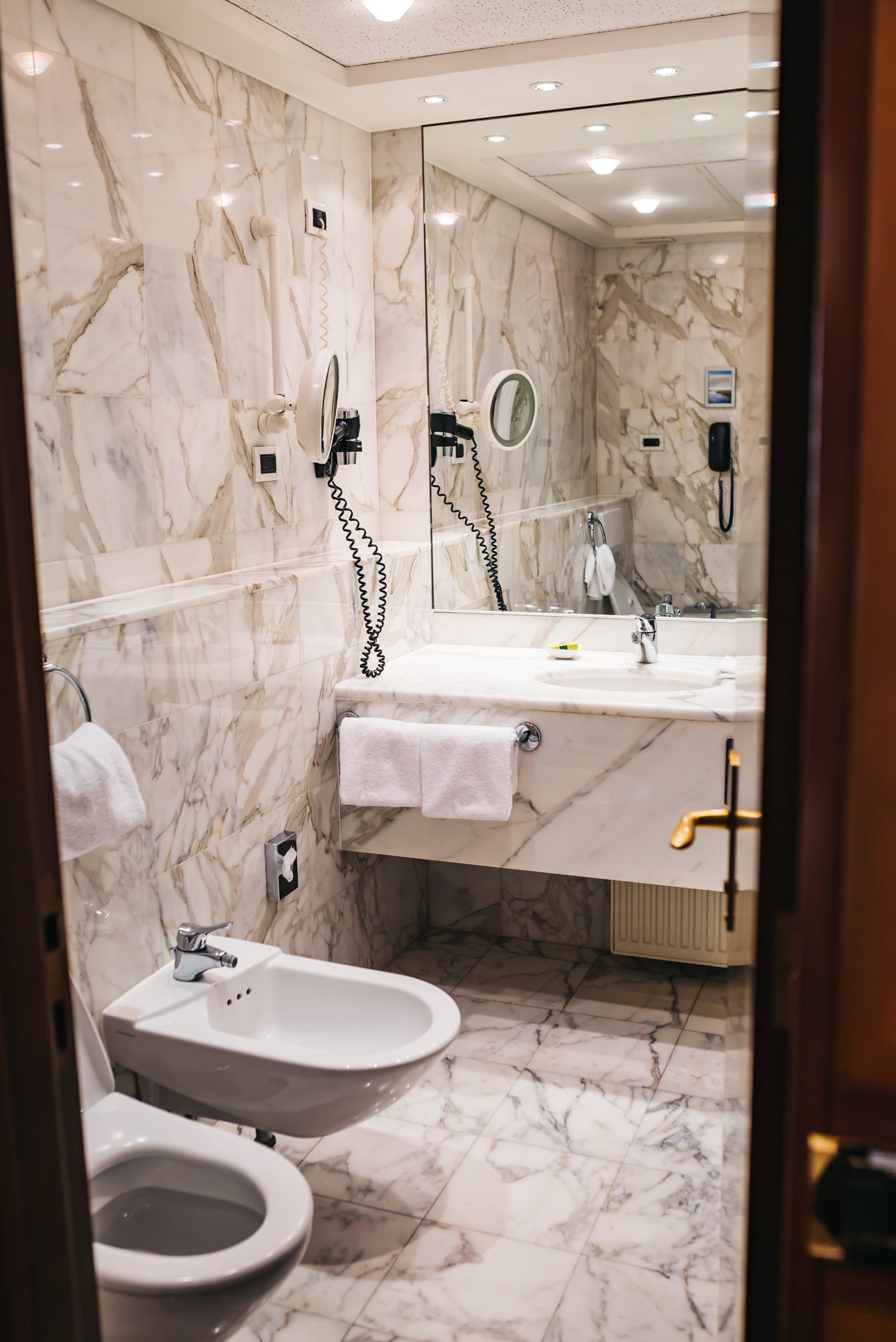 Bathroom with a toilet and bidet
