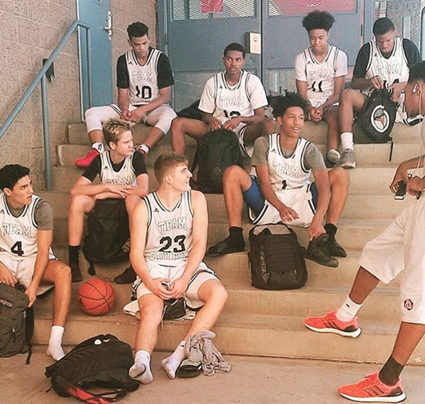 AZU Team Bayless 16U finished the summer off strong at the Adidas Summer Championships. (7/2016)