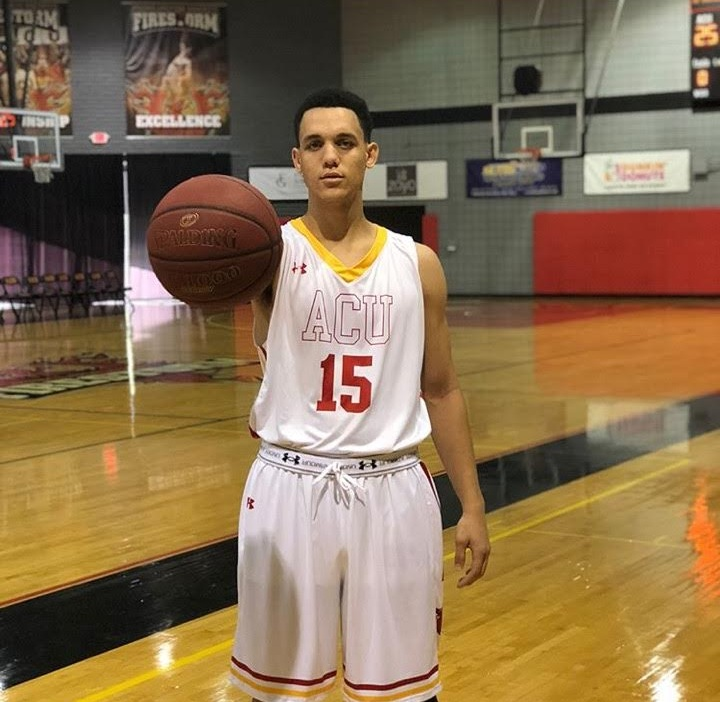 Best of luck to former AZU power forward Geoff Hibbitt as he emabårks on his freshman campaign at Arizona Christian University this season. (10/20/2017)