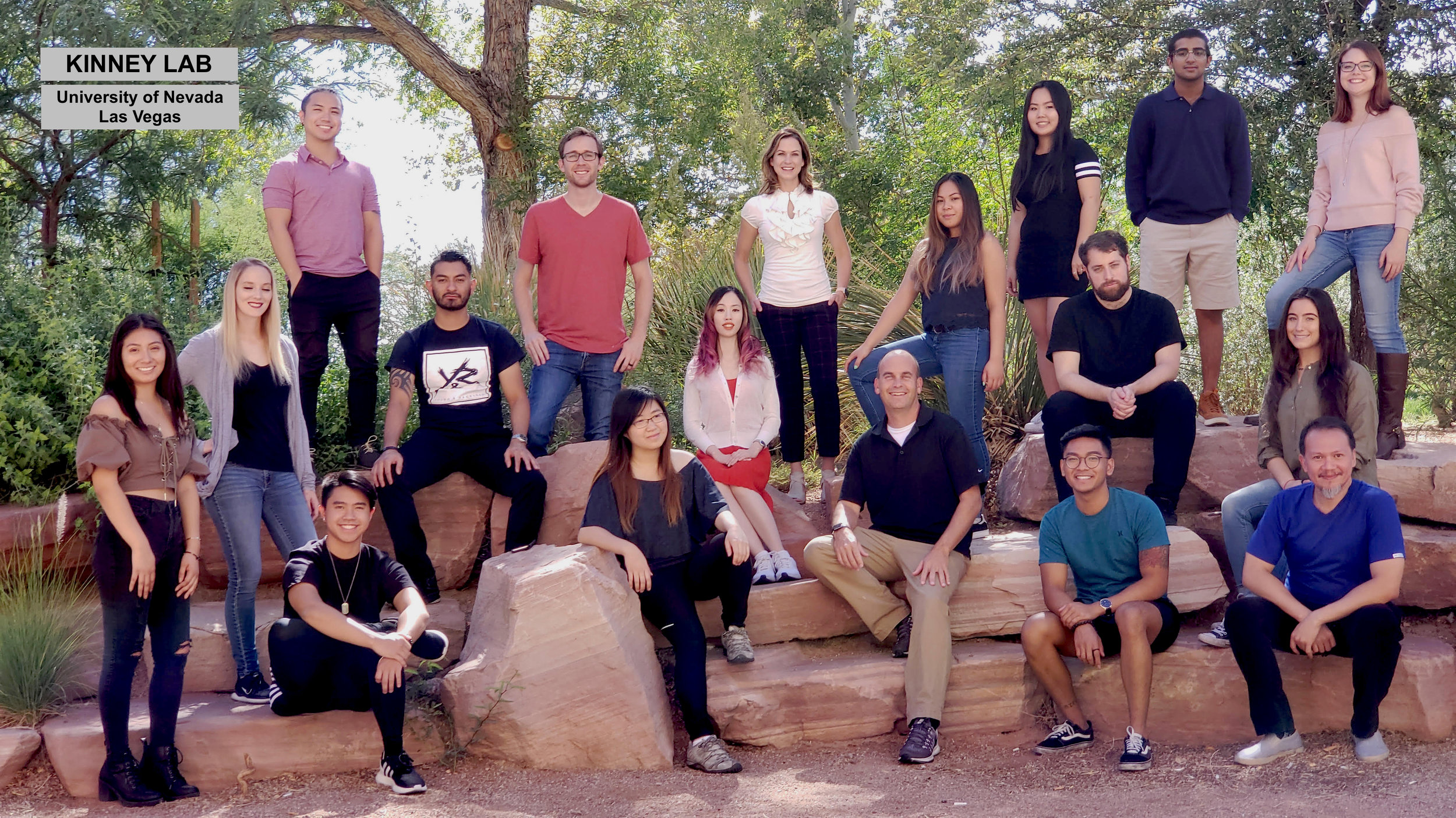 Fall 2018 Kinney Lab Photo.jpg