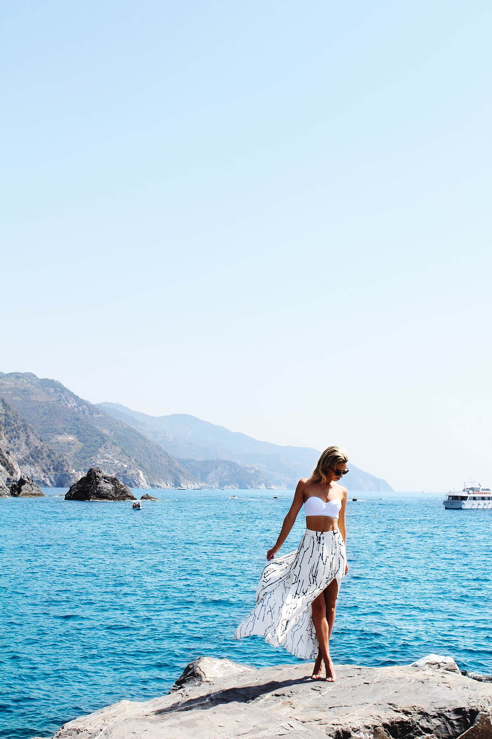 Monterosso Rocks.jpg