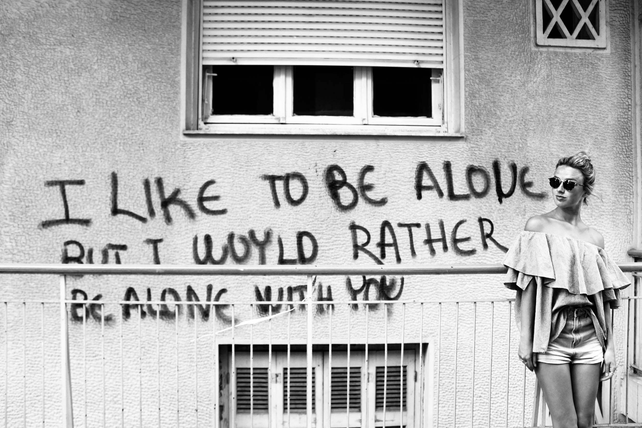 BW Grafitti.jpg
