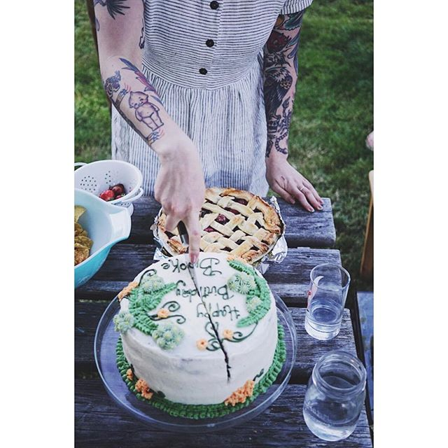 That time @ungerwhatungerwhere showed off her cake skills at Brooke's bday.
