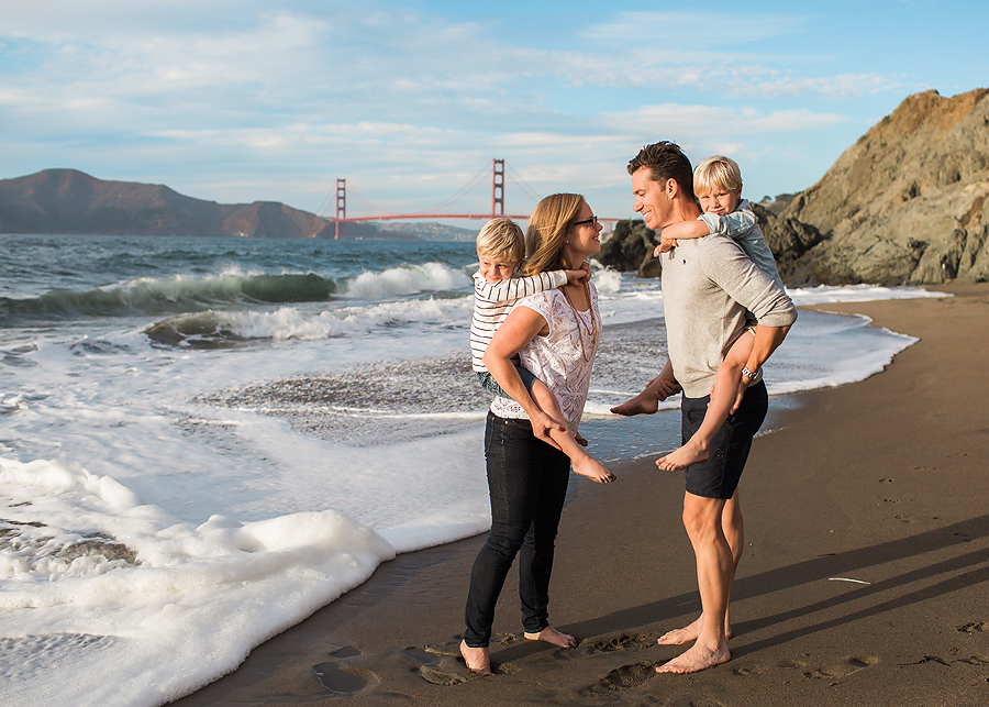 For their family session on the beach in San Francisco, Alison and her family were all very comfortable which allowed them to hold and play with their boys without fear of a wardrobe malfunction.