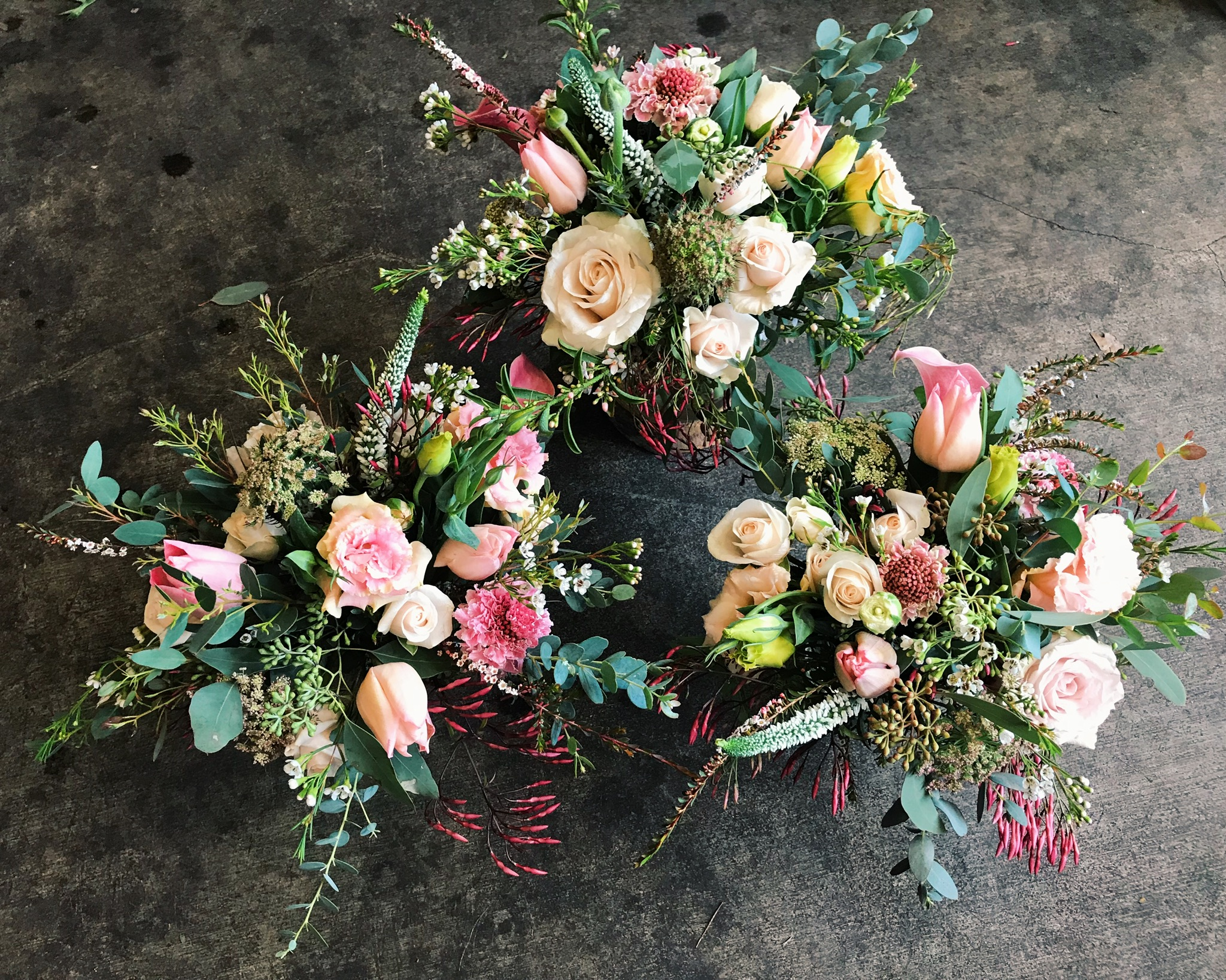 Centrepieces, Pinks and whites.jpg