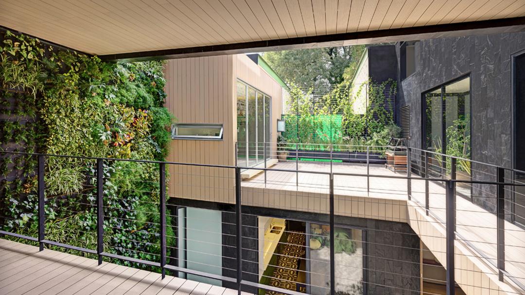 Contemporary Residential Construction