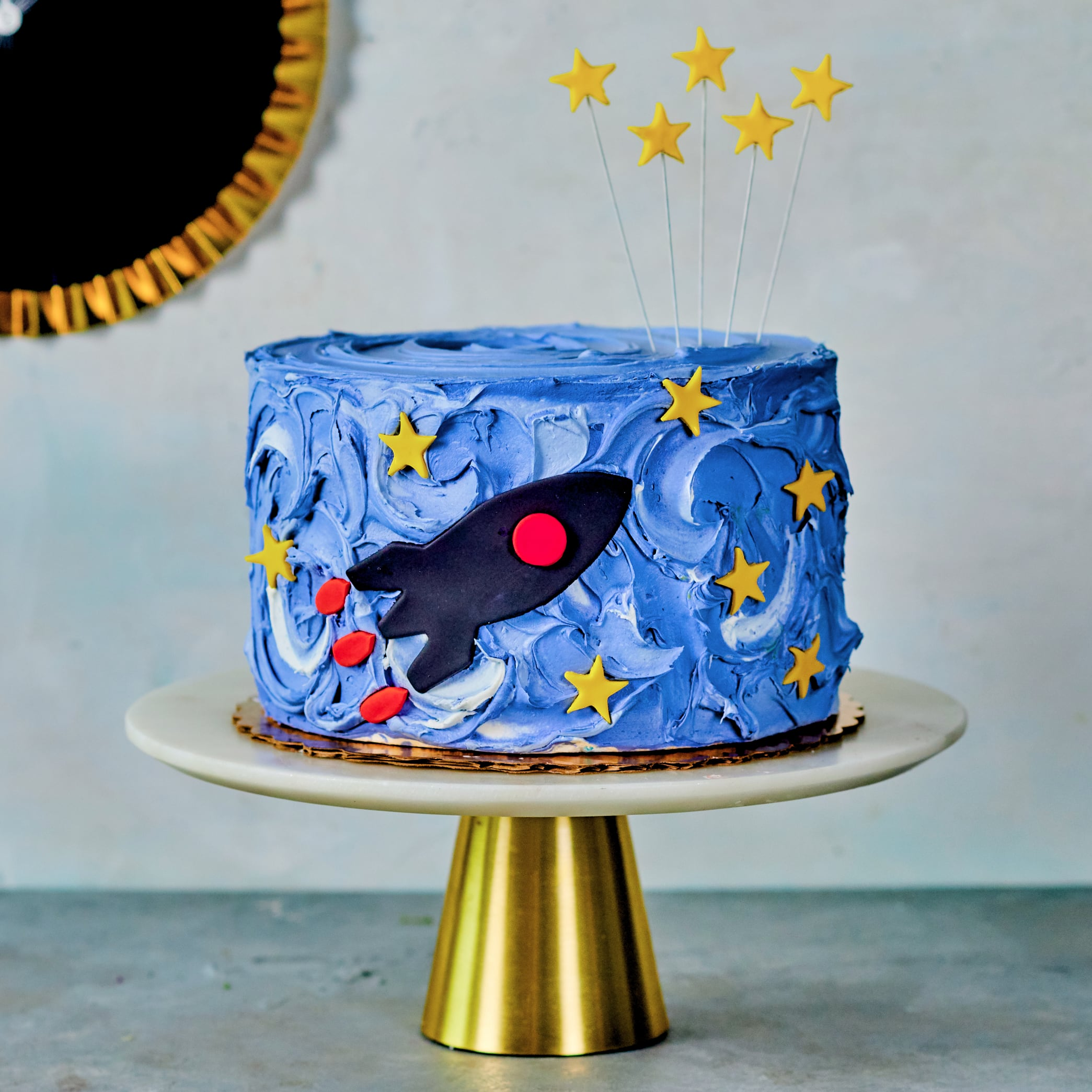 To the Moon and Bake cake kit