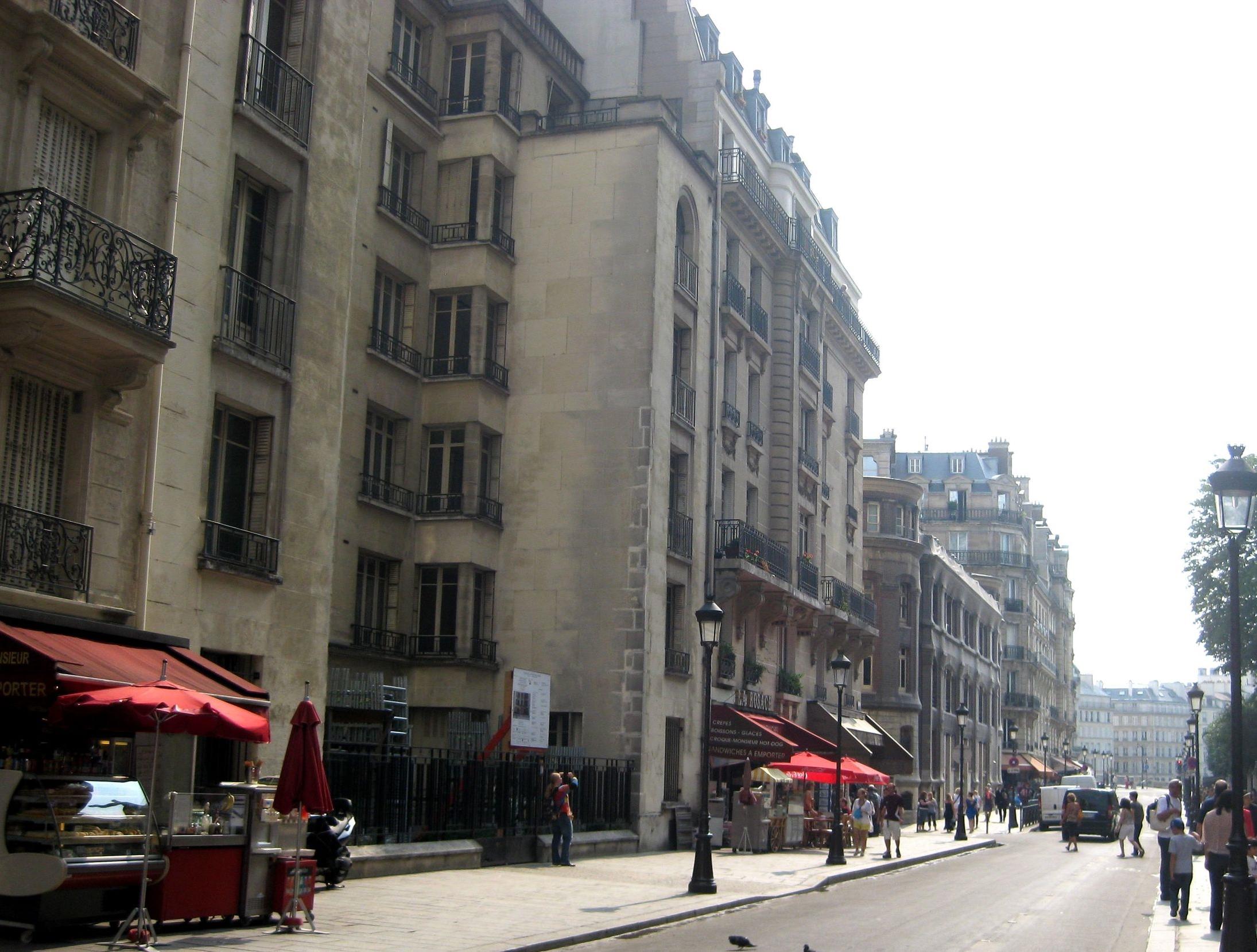 la rue.jpg