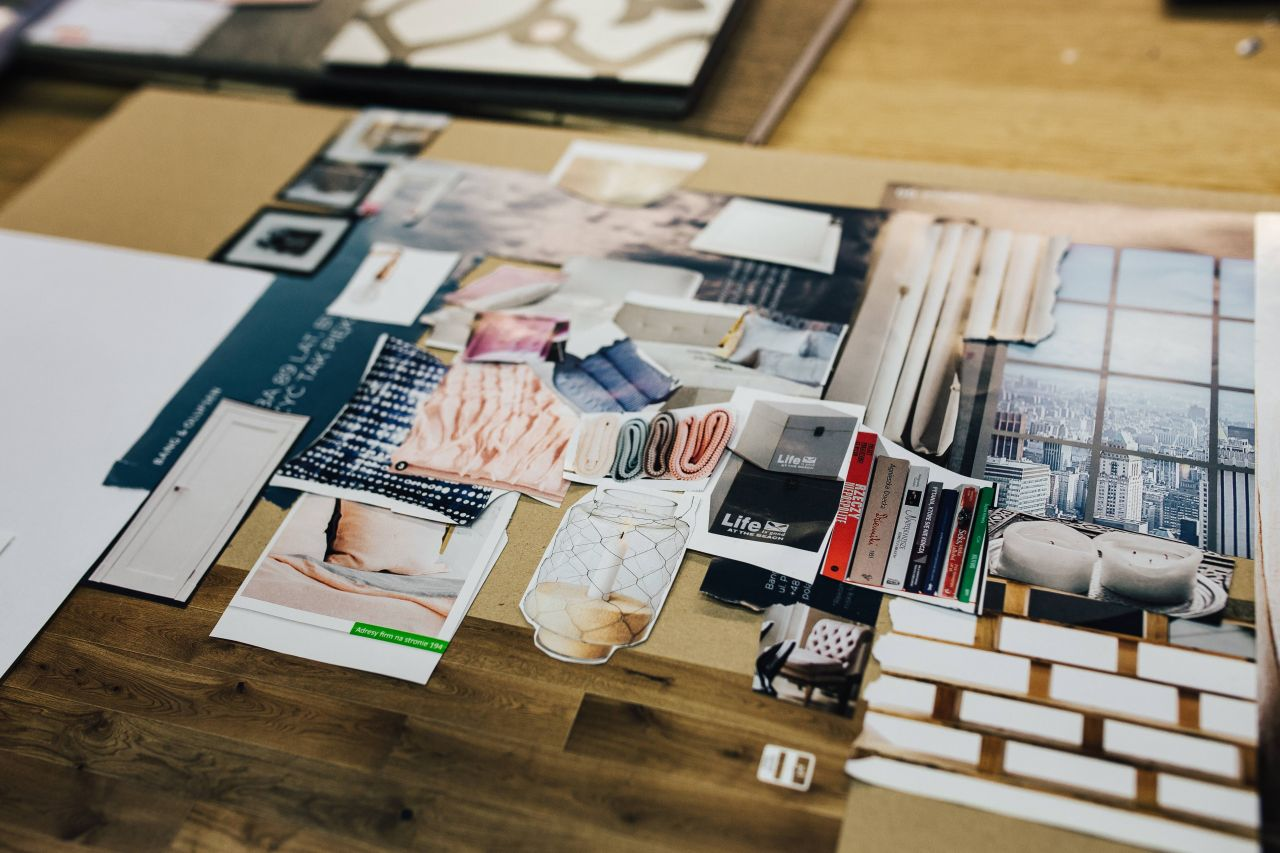24/Silver Styling Image Consultation includes discussing your current style and some challenges you may be facing in your wardrobe, color analysis, body silhouette focus and developing an inspirational virtual image board designed for your styling needs.