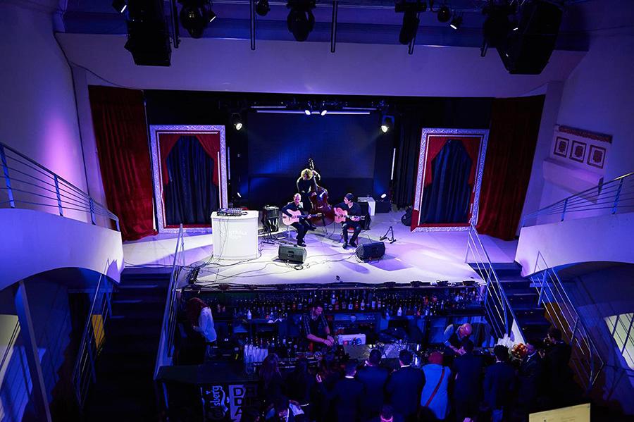 6-Aperitivo-russo-Teatro-Carlsberg-Roma-2014.jpg