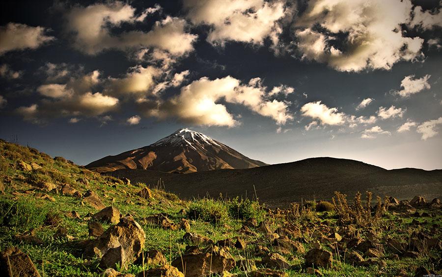 Monte-Elbrus-Siberia-Russia.jpg