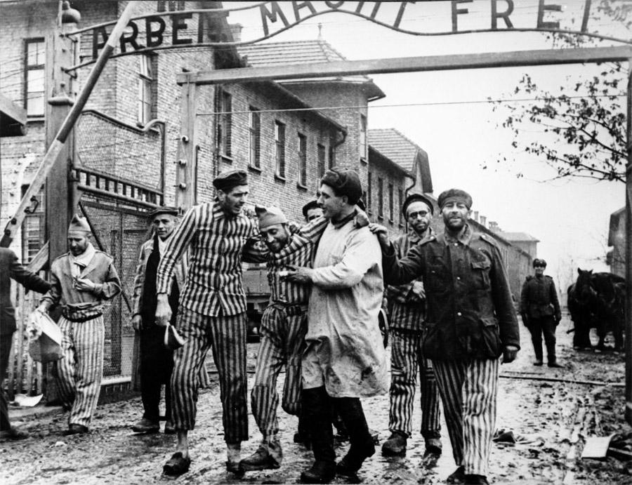 2-Giorno-della-Vittoria-9-maggio-1945-Russia-Corso-di-Russo-Roma-News.jpg