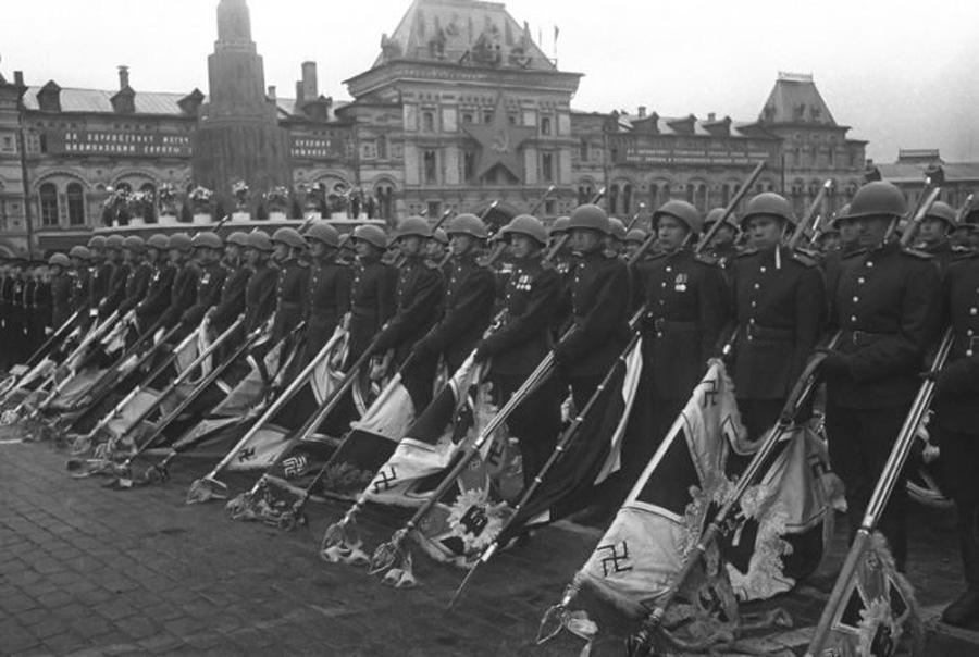 6-Giorno-della-Vittoria-9-maggio-1945-Russia-Corso-di-Russo-Roma-News.jpg