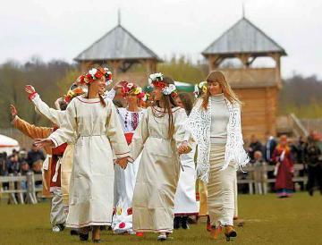 VIAGGIO A SVETORUSYE - 15-26 AGOSTO 2019Apri il tuo animo alla vita tradizionale russa attraverso la visita inedita a Svetorusye in 12 giorni indimenticabili nel periodo di Ferragosto.