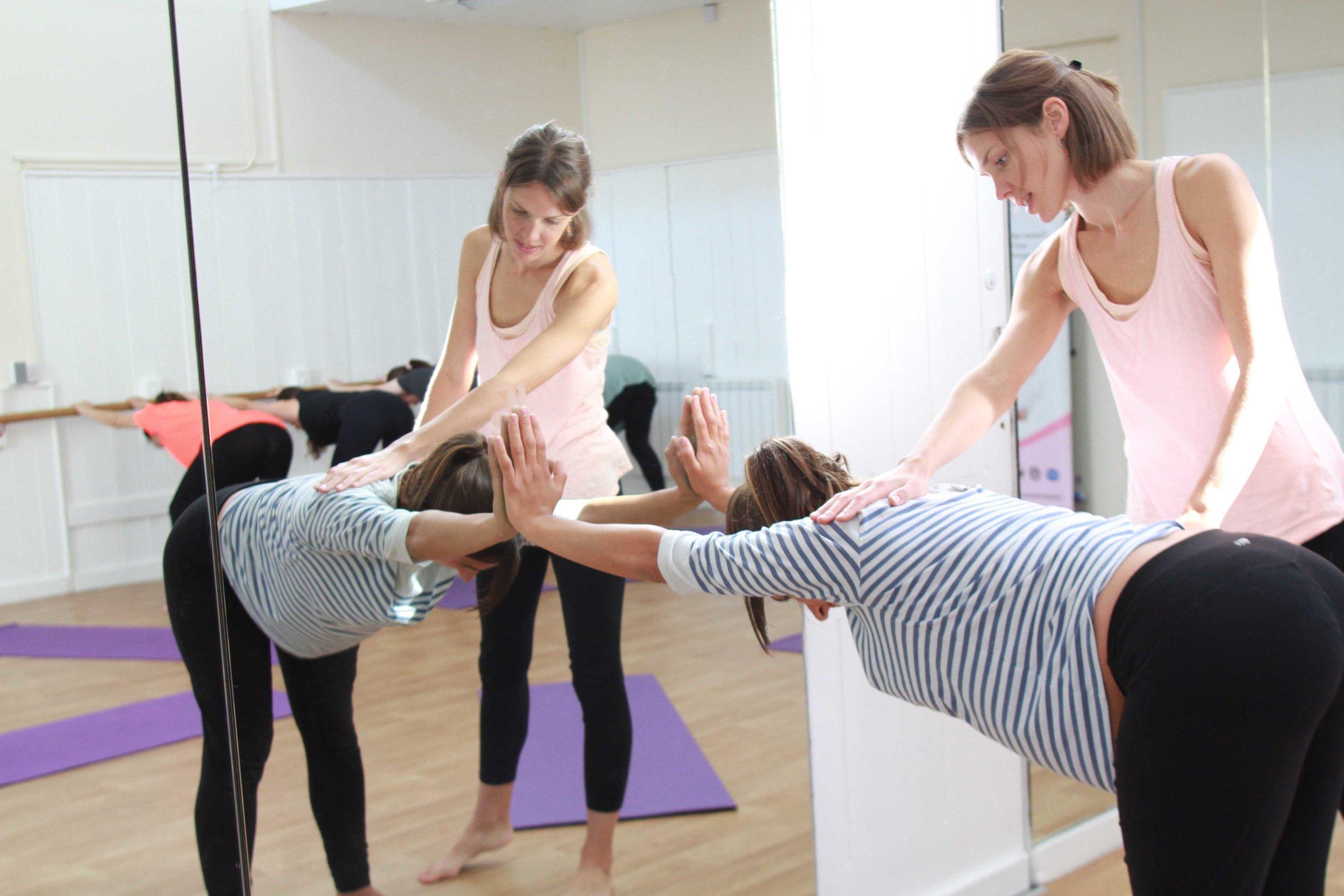 lushtums-teacher-training-pregnancy-yoga