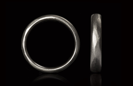 White gold ring with brushed surface.jpg