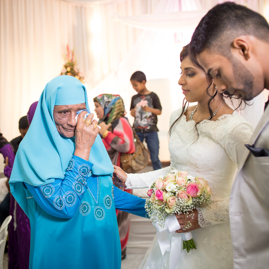 Reservoir hills islamic centre muslim bride's grandmother crying