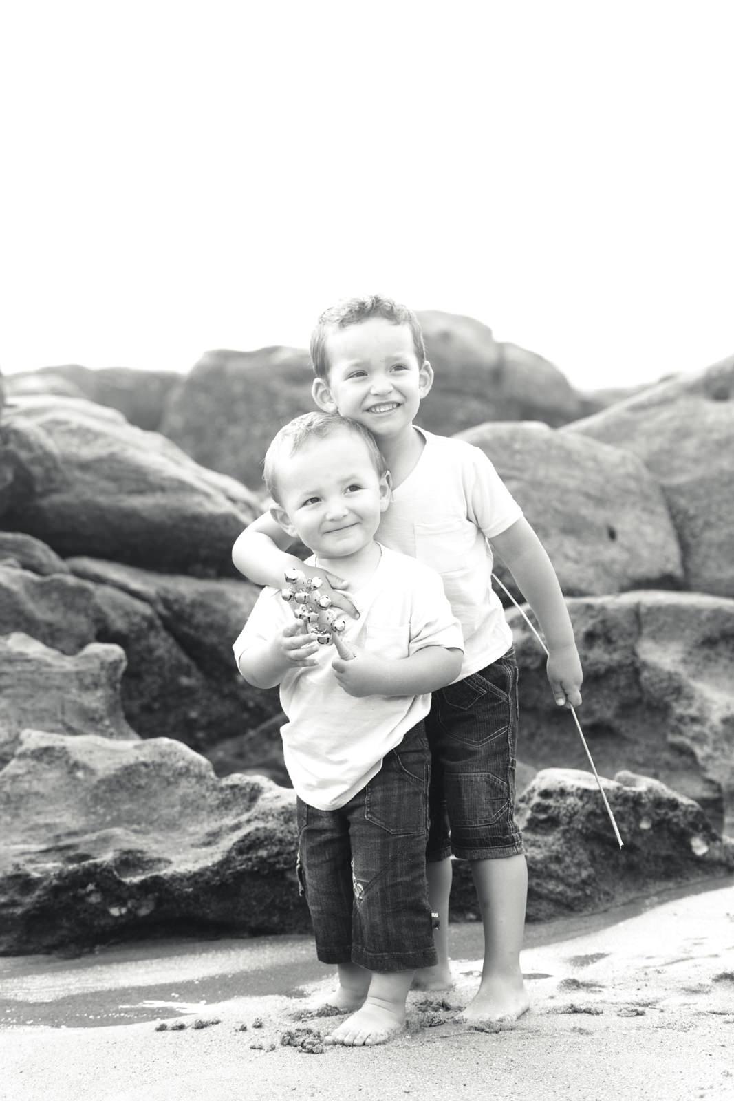 umhlanga-family-photography-beach-brothers