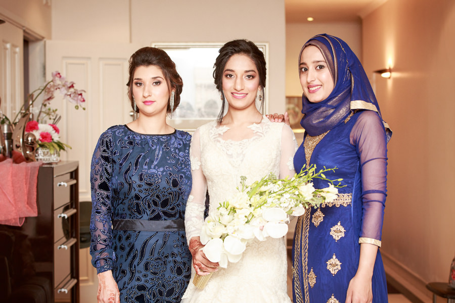 muslim bride with sisters durban islamic