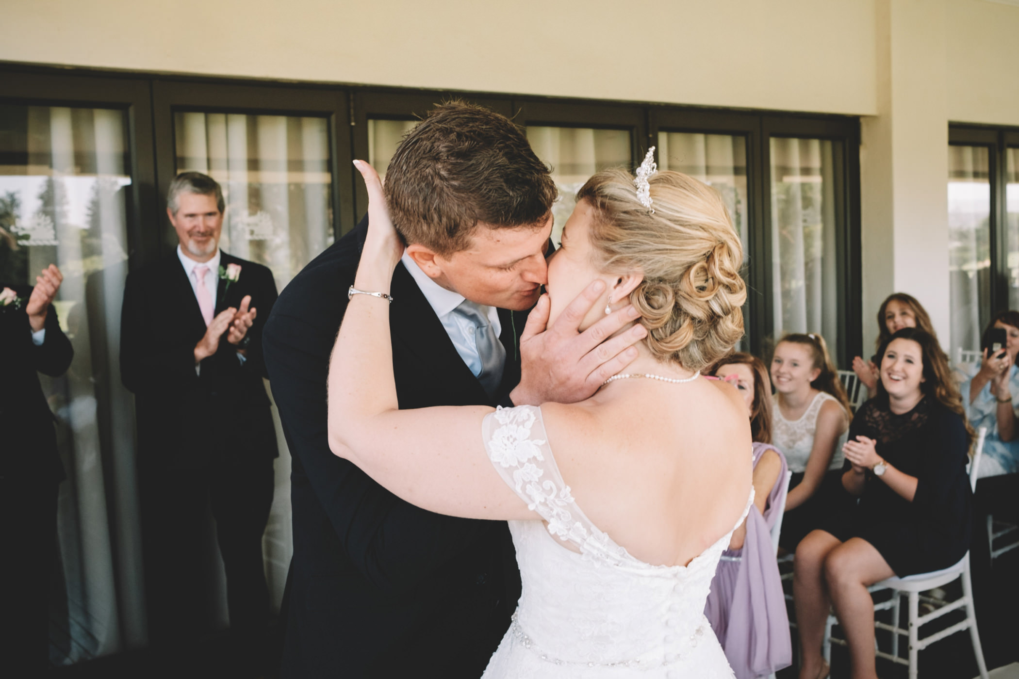 Mount Edgecombe Wedding Photography RBadal golf course first kiss