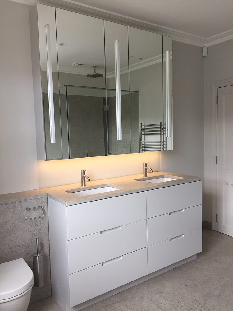 7-Selwood-Terrace-bathroom.jpg