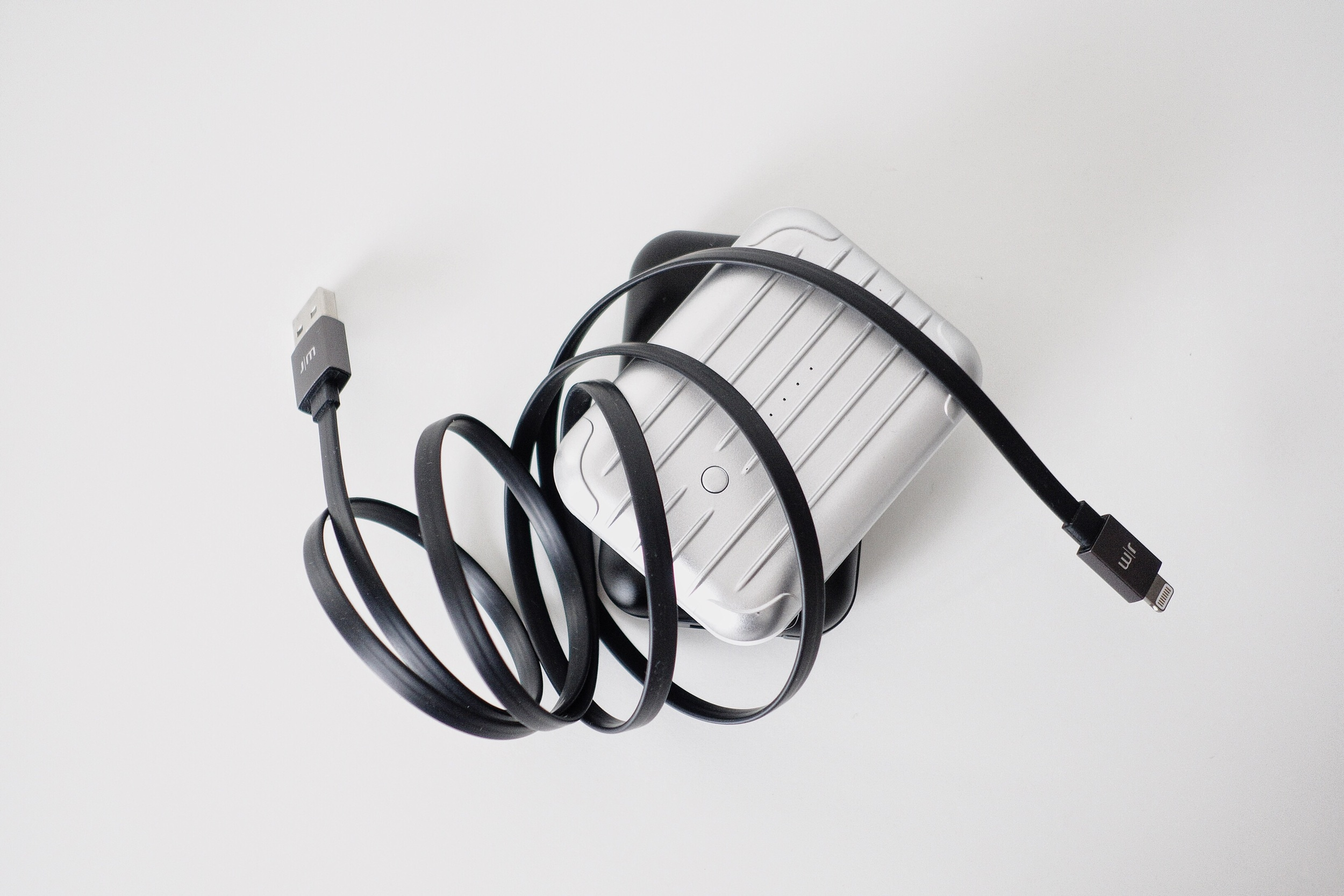 Gum ++ with JM Alu Cable Flat (lightning cable)
