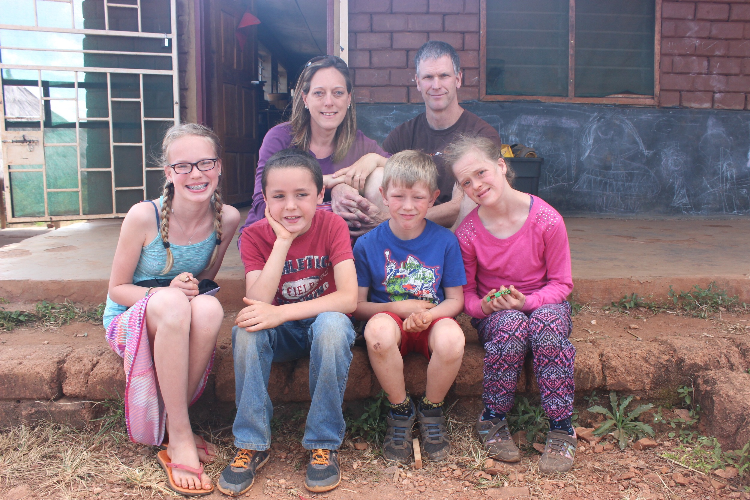 The Kuipers Family (From L-R: Jessie, Joe, Cecilia, Samuel, Gabe, and Grace)